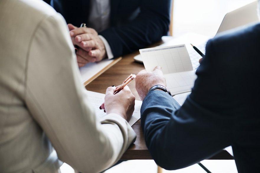 役職 主査 【例文】昇進の挨拶「拝命しました」の使い方は? 昇進の決意表明の書き方を解説